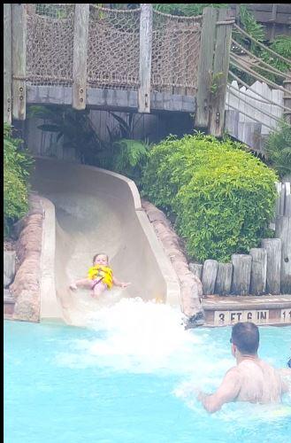 por-poolslide1