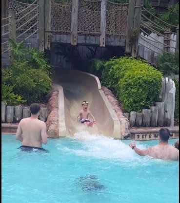 por-poolslide3